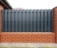 Забор из металлического штакетника 2